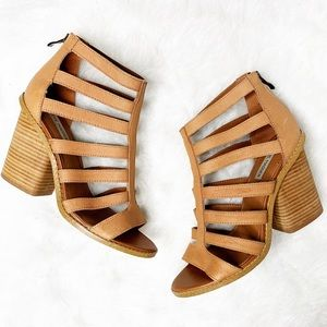 STEVE MADDEN Carolle Strappy Leather Cutout Sandal